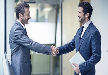 finansengelska och handslag