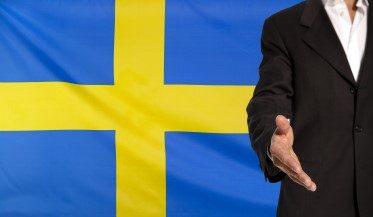 Att bo och arbeta i Sverige, en inbjudande bild till kursen och utbildningen